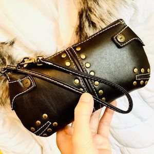 MICHAEL KORS⚡️Authentic Studded Wristlet/Clutch